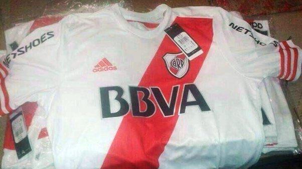 Camiseta de River Plate para la temporada 2014 - 2015