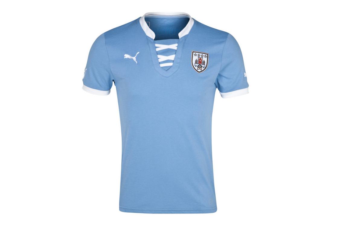La camiseta de Uruguay para la Copa Confederaciones de Brasil 2013