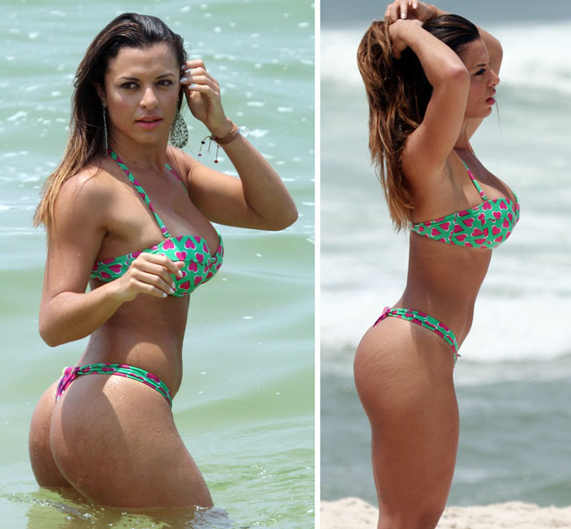 Carol Abranches hot in beach