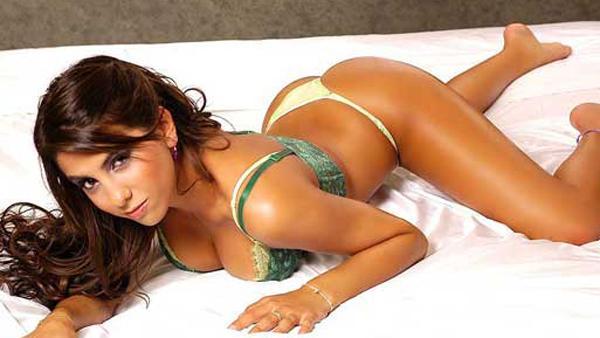 Cinthia Fernández hot