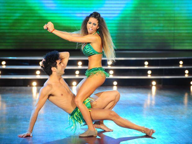 Cinthia Fernández bailando 2011