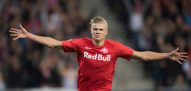 ¿Cómo juega Erling Håland?