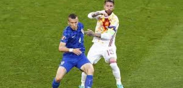 España y Croacia en un enfrentamiento anterior.
