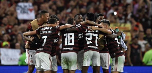 Flamengo goleó a Gremio y clasificó a la final de la Libertadores