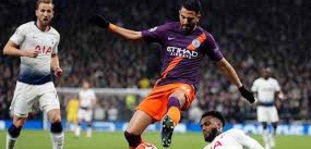 Manchester City y Tottenham se juegan los cuartos.