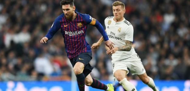 Messi y Kroos, durante el Clásico de Copa disputado en el Bernabéu.