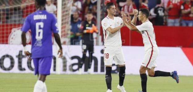 Jesús Navas celebra el primer gol en el partido de ida