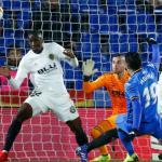 Jorge Molina anota contra el Valencia
