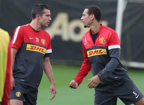 Rio Ferdinand y Robin Van Persie en el Manchester United